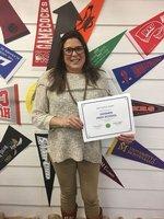 Mrs Leee receiving award