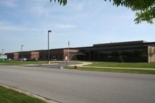 Mokena Junior High School Image