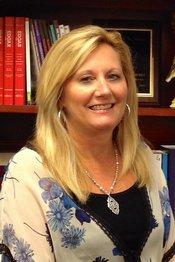 Dee Thompson, K-5 Literacy Specialist